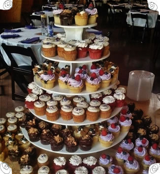 Wedding Cakes Cupcakes Iowa City North Liberty Molly S Cupcakes